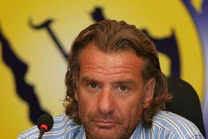 الأوروجوياني كارينيو يتواجد بمدينة الرياض لمساندة فريقه السابق النصر