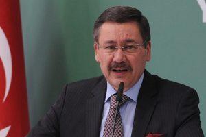 رئيس بلدية أنقرة يحذر عبر تويتر من تحركات إنقلابية جديدة