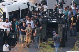السلطات التركية تواصل إقالتها وإعتقالها لمتورطين في محاولة الإنقلاب