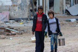 أكثر من ثمانية آلاف مدني محاصرون في بلدة داريا مع تواصل القصف