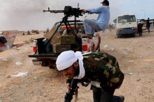 سرايا الدفاع في بنغازي تعلن إسقاط مروحية عمودية لقوات حفتر