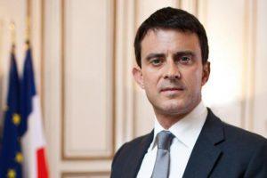 رئيس الوزراء الفرنسي يؤكد تأييده لحظر تمويل المساجد من الخارج