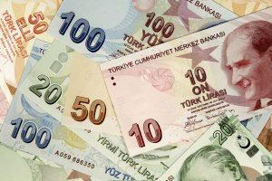 هبوط الليرة التركية مقابل الدولار الأمريكي بعد محاولات الإنقلاب في تركيا