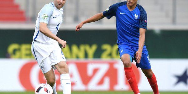 بايرن ميونخ يسعى للتعاقد مع لاعب وسط المنتخب الفرنسي للشباب