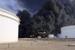 مخاوف من إمكانية نشوب إشتباكات في محيط منطقة الهلال النفطي في ليبيا