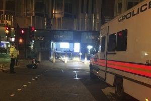 مقتل إمرأة وإصابة عدد آخر بهجوم بواسطة سكين في لندن