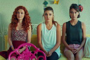 مسلسل الحب لايفهم الكلام ينافس أبطاله على فراشة الفن التركي!