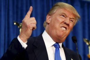 ترامب يعد بالتوثيق الأيديولوجي ويمنع المهاجرين من سوريا وليبيا