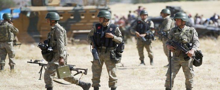 قتلى وجرحى من الجنود الأتراك في قصف للنظام السوري على منطقة الباب