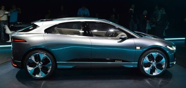 جاكوار تقدم سيارة I-pace يمكنها السير بالشحنة الكهربائية