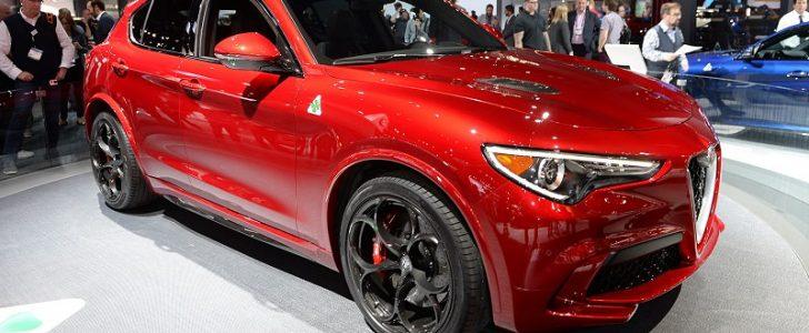 ألفا روميو تطلق سيارة SUV ستلفيو 2018 الجديدة في معرض لوس أنجلوس