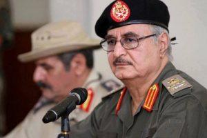 """""""عملية الكرامة"""" تتسبب في محاصرة 100 ألف مواطن ليبيي في مدينة درنة"""