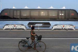 صور من حافلة الصين التي بقيت مهجورة بعد فشل المشروع والشركة المصنعة تطلب تمديداً للإختبار حتى أغسطس 2017