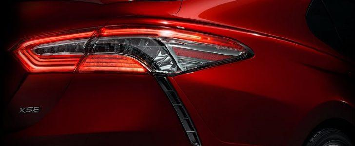 تويوتا تذكر بعض التفاصيل بشأن سيارة كامري الجديدة موديل 2018