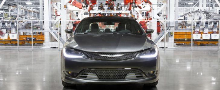 تفاصيل عن سيارة كرايسلر 200 التي توقف إنتاجها من مصنع Sterling Heights