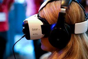 شركة سامسونج تقوم ببدء العمل على تكنولوجيا الواقع الإفتراضي العالمية GVRA بالتعاون مع بعض الشركات