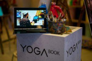 شركة Lenovo تقوم بإطلاق جهازها اللوحي الفريد Lenovo Yoga Book في المملكة العربية السعودية
