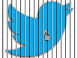 محاكمة مواطن بسبب تغريدة على تويتر يخالف فيها الأنظمة