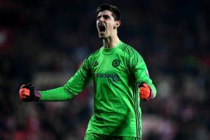 كورتوا يرد على شائعات انتقاله إلى ريال مدريد