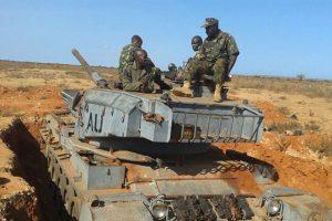 مزاعم بمقتل 57 جندي كيني على ايدي حركة الشباب الصومالية ، وكينيا تنفي
