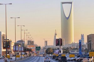 الرياض تعطي الضوء الأخضر لفرض الضريبة على القيمة المضافة في 2018