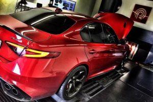 سيارة ألفا روميو جوليا تحصل على تعديلات جديدة من شركة التعديل Pogea Racing