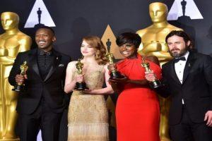التفاصيل الكاملة التي تخص جوائز الأوسكار لهذا العام 2017 وأسماء الفائزين بها
