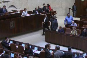إقرار الكنيست لقانون التسوية يواجه بإدانات فلسطينية وإسرائيلية وامتناع واشنطن عن التعليق