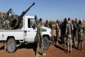 تواصل المعارك المحتدمة في محيط مدينة الباب السورية ضد تنظيم الدولة الإسلامية
