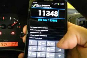 طرق إحتيالية تؤثر على عدد الكيلومترات المتواجدة في عداد السيارات من خلال الهاتف الذكي