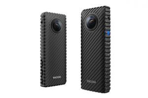شركة Ricoh أعلنت في MWC 2017 عن كاميرا بث مباشر بمواصفات مذهلة