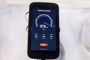 مؤتمر الجوال العالمي يكشف عن أول هاتف يدعم شبكات LTE فائقة السرعة