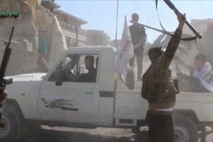 قوات النظام السوري تعزز من استعدادها لمنع وصول الجيش السوري الحر إلى الرقة