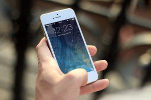 تعرف على مواصفات الجيل الجديد من iPhone الذي سيكون الهاتف الذكي الأكثر تكلفة على الإطلاق