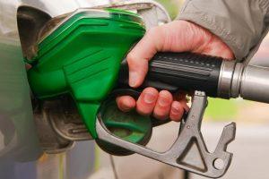 توقعات جديدة بزيادة سعر البنزين في المملكة العربية السعودية بحلول يوليو 2017