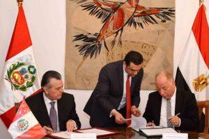 بالصور التوقيع على مذكرة التعاون الثقافي والفني المشترك بين مصر و بيرو