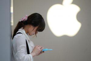تسريبات جديدة تنفي إمكانية تغير منفذ الشحن لهواتف آيفون الحالي