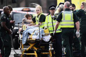ارتفاع أعداد ضحايا هجوم لندن، والشرطة البريطانية تعلنه حادثا إرهابيا وتشير إلى هوية منفذ المهاجم