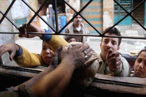في أعقاب الاحتجاجات التي شهدتها محافظات مصرية: تعرف على موقف وزير التموين حيال قراره