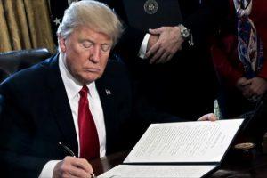 كاليفورنيا تنضم للولايات المتمردة على قرار ترامب المتعلق بحظر السفر