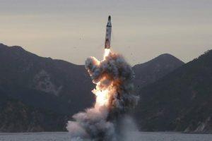 صواريخ بالستية أطلقتها كوريا الشمالية تسقط بالمنطقة اليابانية الإقتصادية