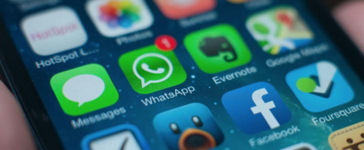 تصريحات WhatsApp بشأن عودة ميزة الحالة النصية Text Status قريباً