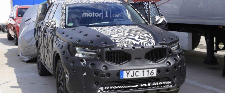 تفاصيل عن ظهور سيارة فولفو XC40 في صور تجسسية جديدة