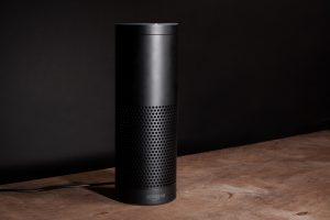 جهاز Amazon Echo مع شاشة مدمجة قادم خلال شهر من أمازون