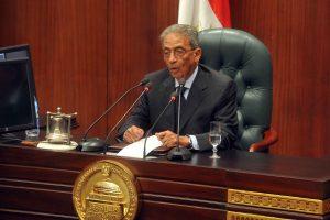 البرلمان المصري يشهد مشادات حادة بسبب تيران وصنافير وعمرو موسى يطلق تحذيرات من إنقسامات في المجتمع