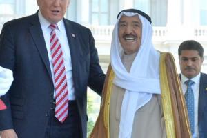 تصريحات أمير الكويت حول الأزمة مع قطر بعد لقاءه بالرئيس الأمريكي دونالد ترمب .. تعرف عليها