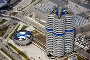 تعاون مثمر بين شركتي BMW وSolid Power لتطوير البطاريات الصلبة