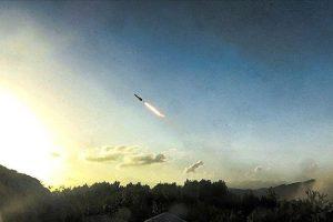 وسائل إعلام إسرائيلية تكشف عن سقوط ثلاث قذائف صاروخية جنوبي إسرائيل