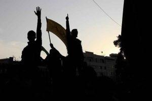 مقتل شرطي إيراني وإصابة آخرين خلال المظاهرات والاحتجاجات الإيرانية في محافظة أصفهان