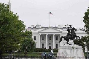 البيت الأبيض يكشف عن استعداد الرئيس الأمريكي دونالد ترامب عقد مباحثات مع كوريا الشمالية